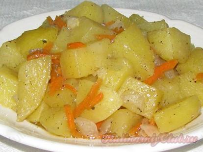 приготовление тушеной картошки в мультиварке