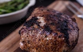 Свиная корейка с бальзамическим уксусом и тимьяном фото