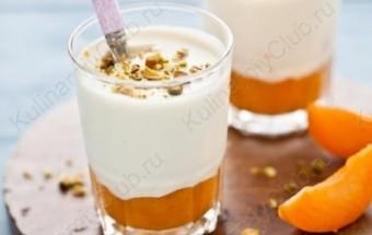 Абрикосовая панна-котта с мёдом