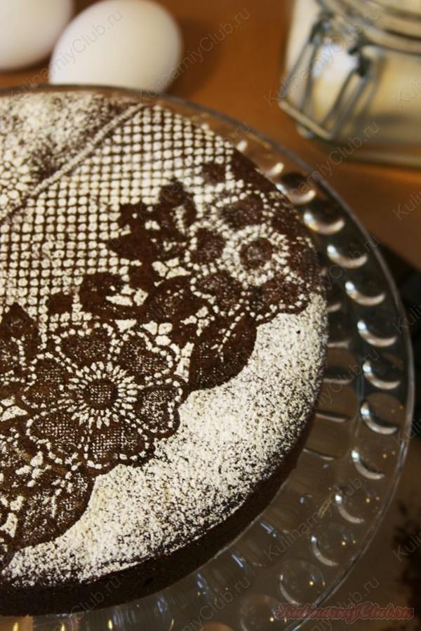Украшение торта сахарной пудрой